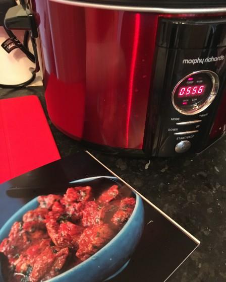 Syn free Slimming World pork vindaloo in the slow cooker!